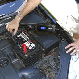 CAR XTRAS® Carregador de Bateria